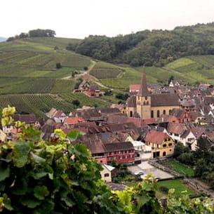 la boutique de christine ferber se trouve dans le village alsacien de