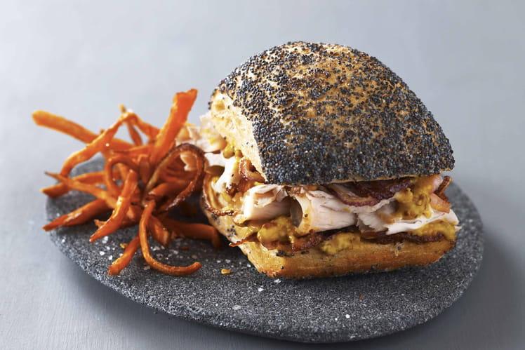 Sandwich de porc rôti au sel Le Guérandais, moutarde, frites de patates douces