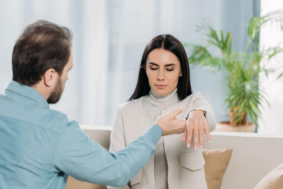 Hypnose: techniques, bienfaits, comment ça marche?