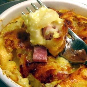 clafoutis oignons, jambon et gorgonzola