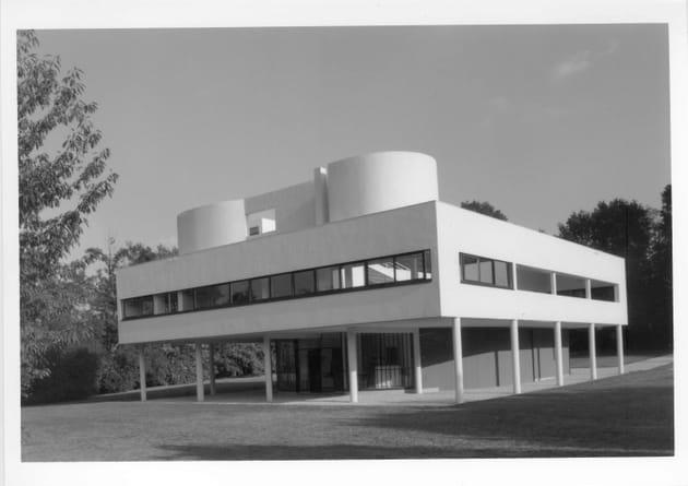 Photographie de la Villa Savoye, Le Corbusier et Pierre Jeanneret