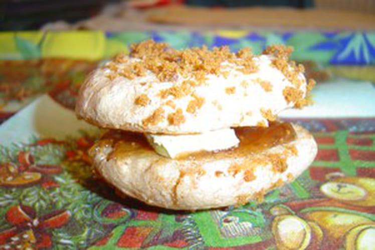 Macaron de pain d'epices, foie gras et confiture de figues