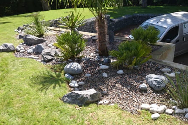 Comment concevoir une rivière sèche pour un jardin japonais?