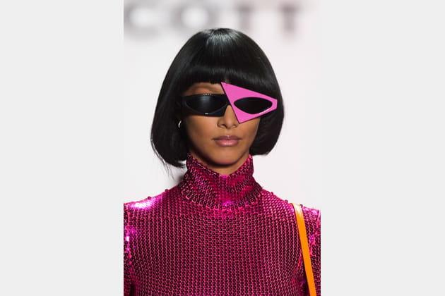 Les lunettes de soleil asymétriques du défilé Jeremy Scott