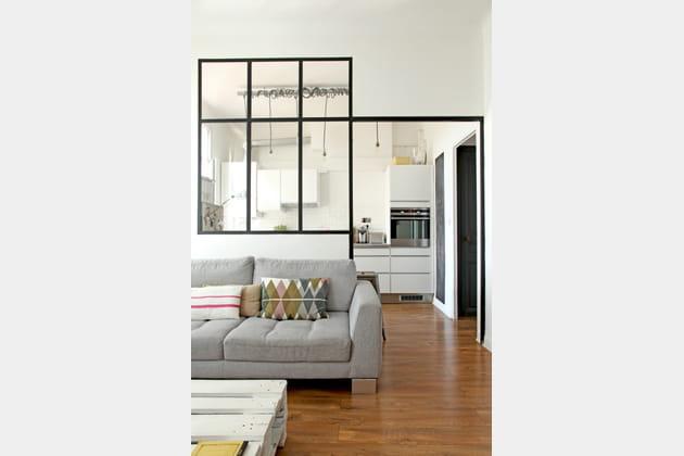une verri re m tallique. Black Bedroom Furniture Sets. Home Design Ideas