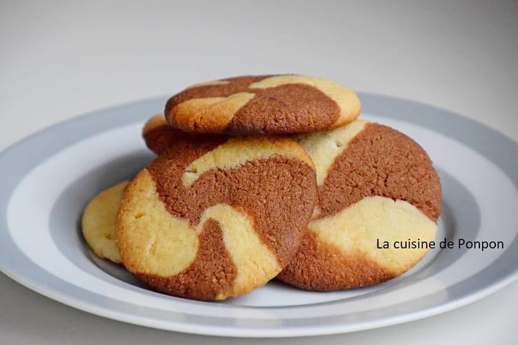 Biscuit chocolat vanille comme un tourbillon, sans oeuf