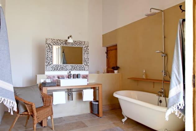 Salle de bains provençale