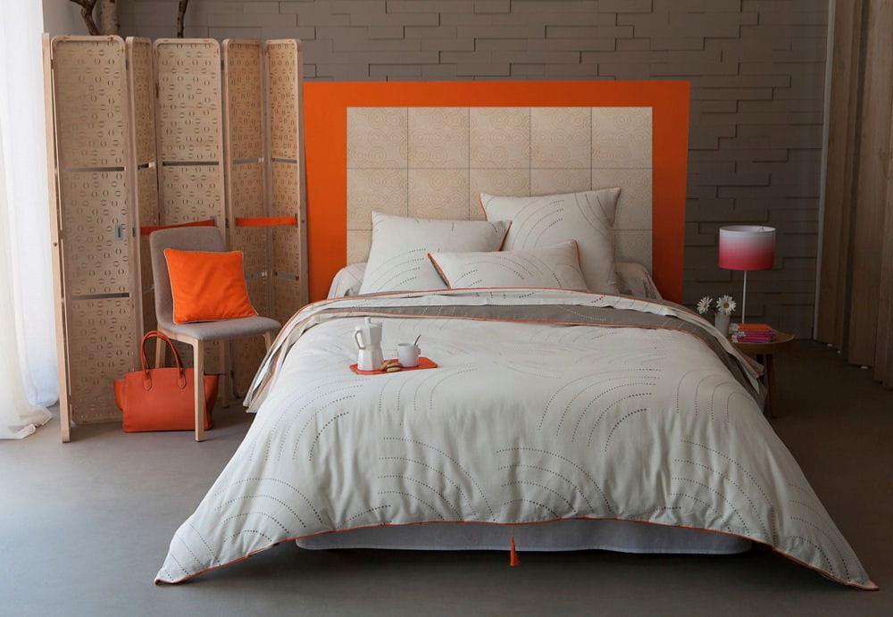 les confidentielles se glissent dans de beaux draps. Black Bedroom Furniture Sets. Home Design Ideas