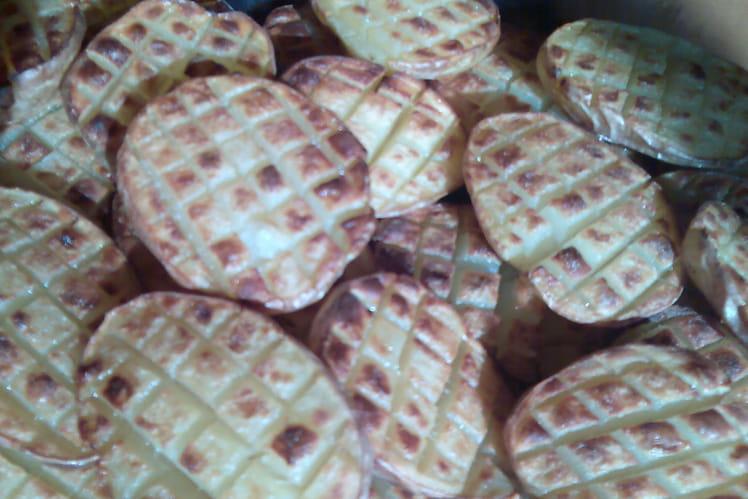 Pommes de terre gaufrées au four