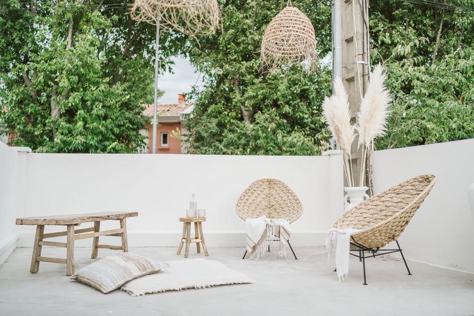 Salon de jardin bohème côté terrasse