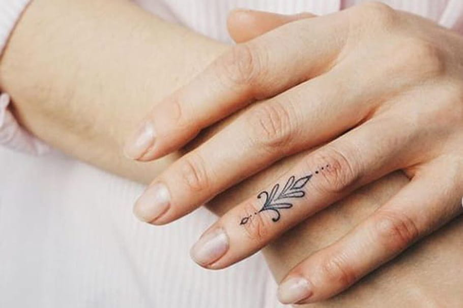 Tatouage Sur La Main Signification Et Idees