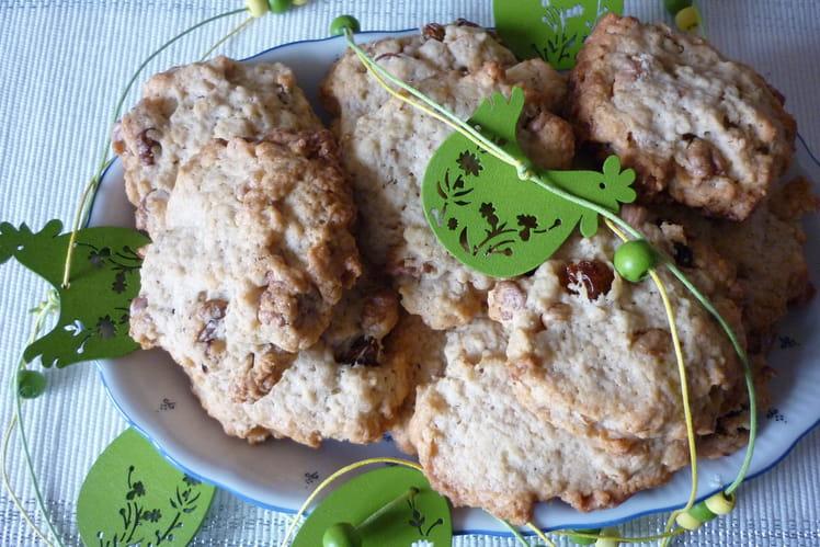 Cookies aux flocons d'avoine, noix et raisins