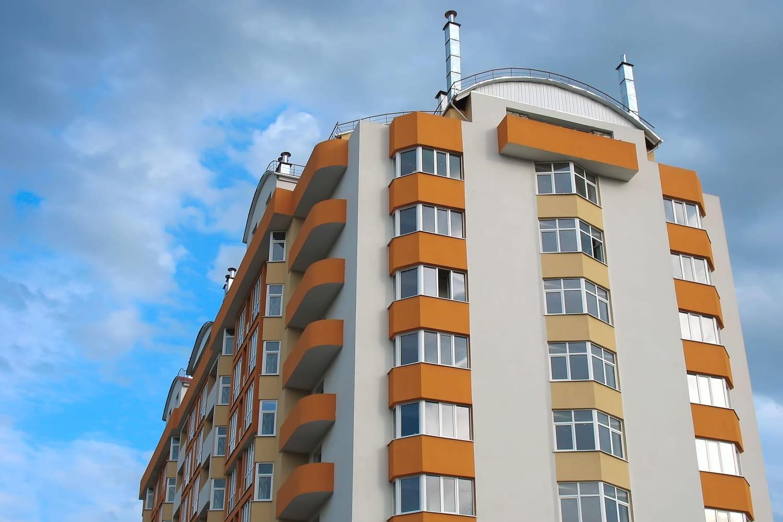 Féminicide à Colmar: il pousse sa femme du 8e étage