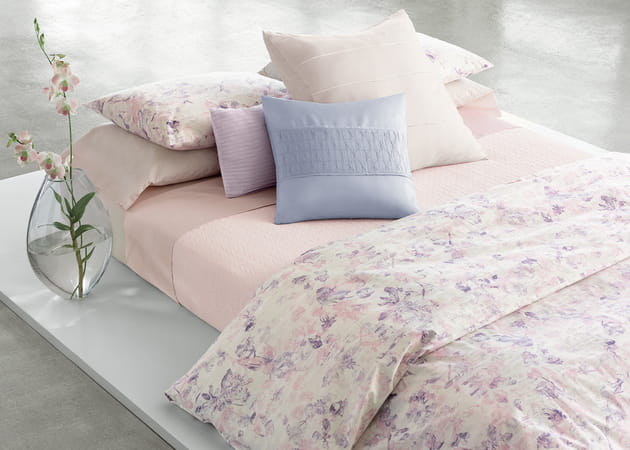 linge de lit blush par calvin klein home. Black Bedroom Furniture Sets. Home Design Ideas