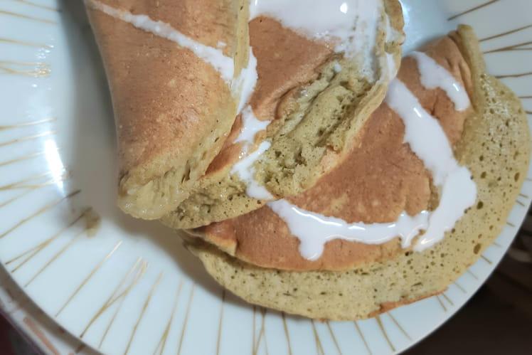 Pancakes soufflés au Matcha et lait de coco