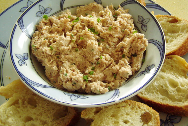 Rillettes de thon au Kiri, paprika et Tabasco