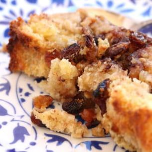 pudding de brioche aux fruits sec et chocolat