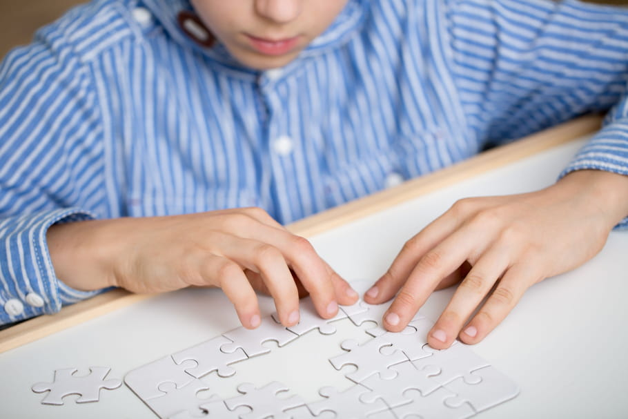 Syndrome d'Asperger: définition, symptômes, test, prise en charge