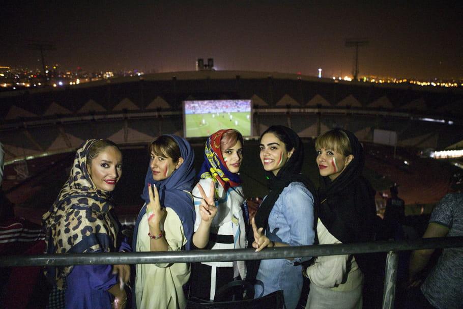 Les Iraniennes au stade: petite révolution ou grande avancée?