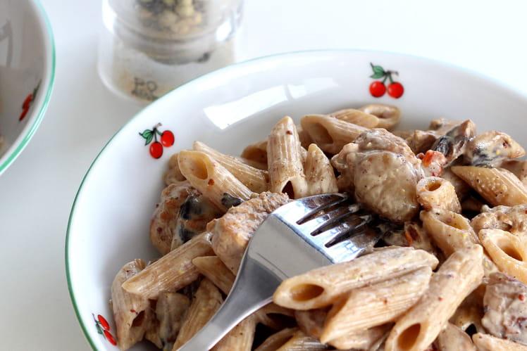 Pennes complètes au poulet moutardé