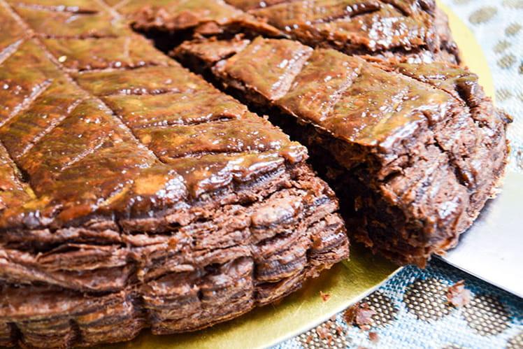 Galette des rois pâte feuilletée et crème d'amande au chocolat