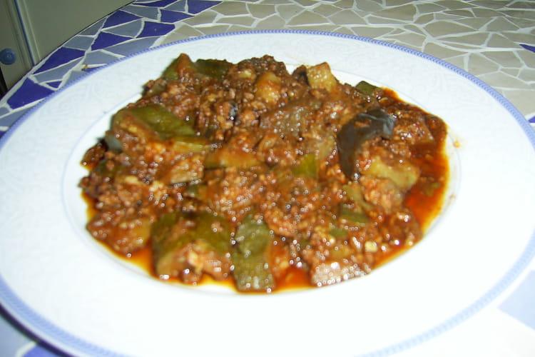 Confit de courgettes, aubergine et haché au massalé