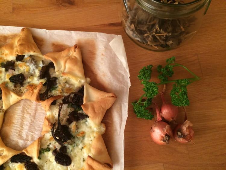 Recette de pizza toile foresti re aux morilles et - Cuisiner la chanterelle ...