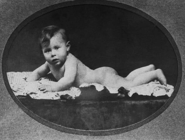 Une bébé né le 29février 1920à Neuilly-sur-Seine