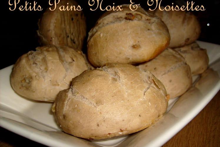 Petits pains aux noix et noisettes