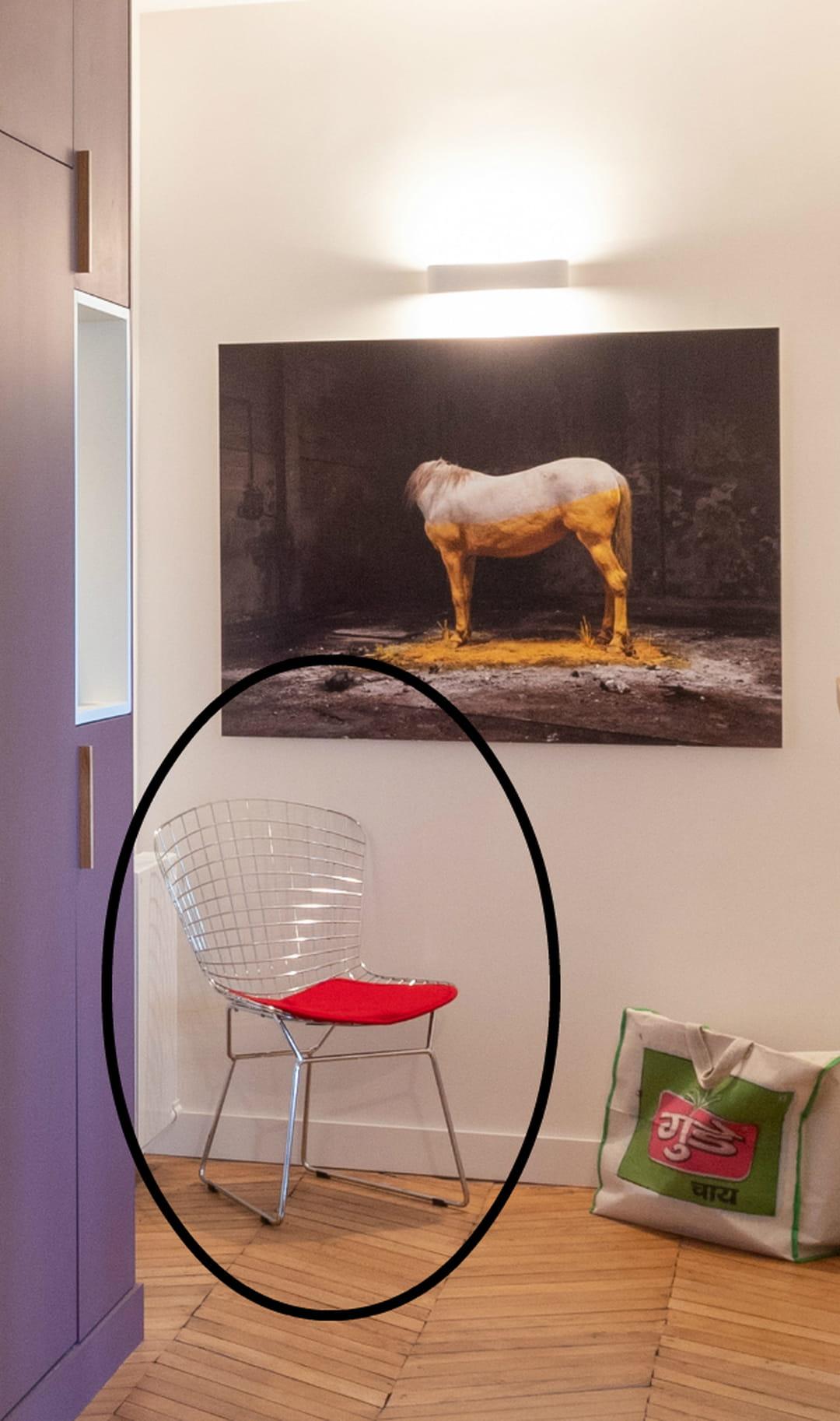 couloir-chaise-bertoia