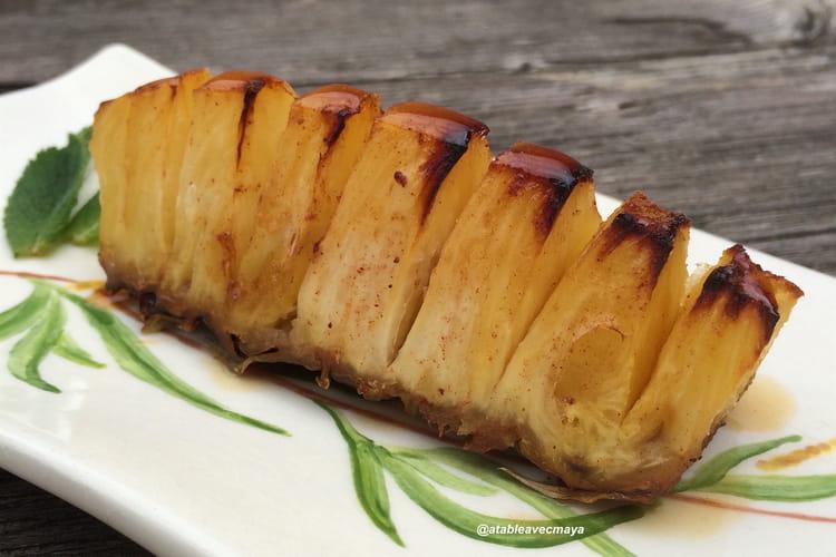 Ananas rôti au sirop d'érable et à la vanille