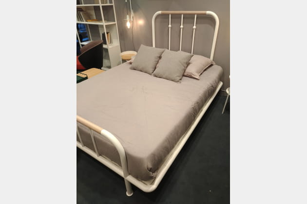 Le lit en fer forgé par Résistub