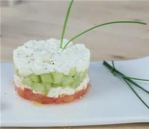 Concombre et tomates pour une entr e tr s fra che for Entree fraiche ete