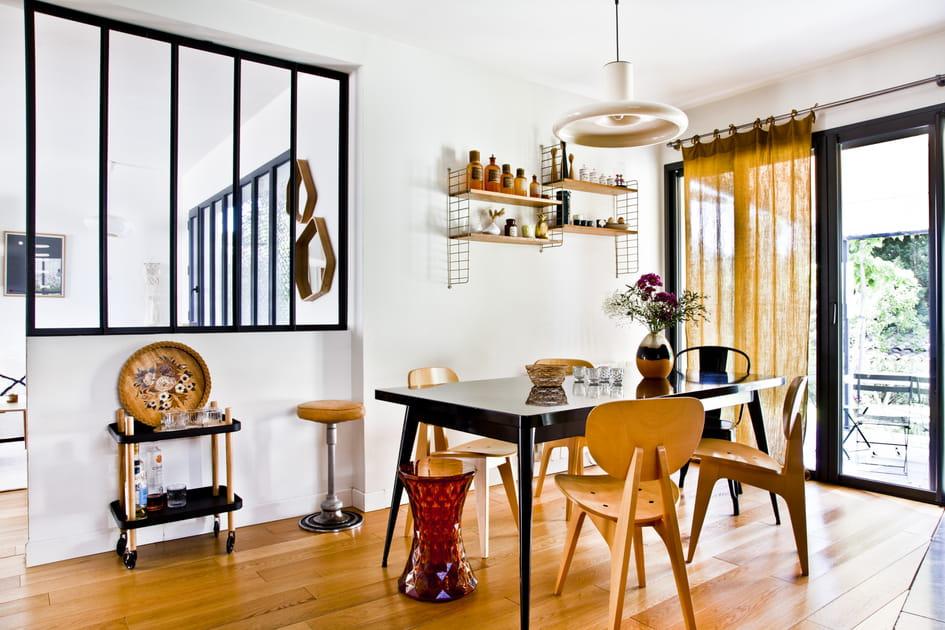 Une verrière entre séjour et salle à manger