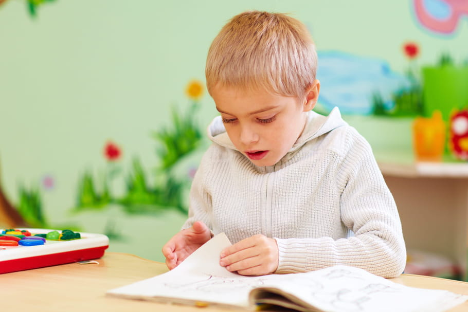 Méthode TEACCH: traiter l'autisme par le concret et le visuel