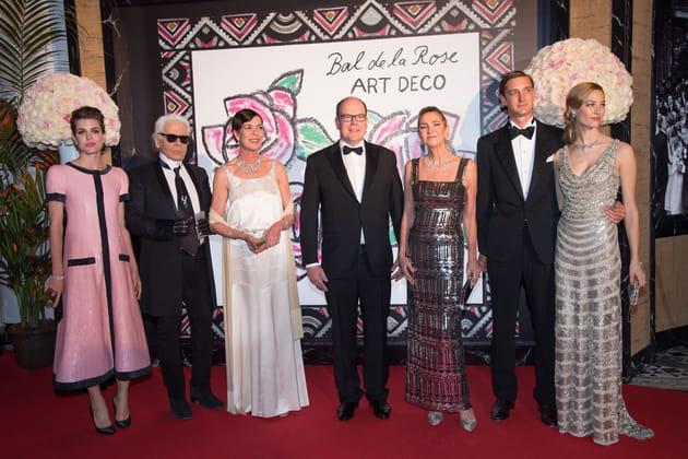 Charlotte Casiraghi, Karl Lagerfeld, Princesse Caroline de Hanovre, Prince Albert II de Monaco, Paola Marzotto, Pierre Casiraghi et Beatrice Borromeo