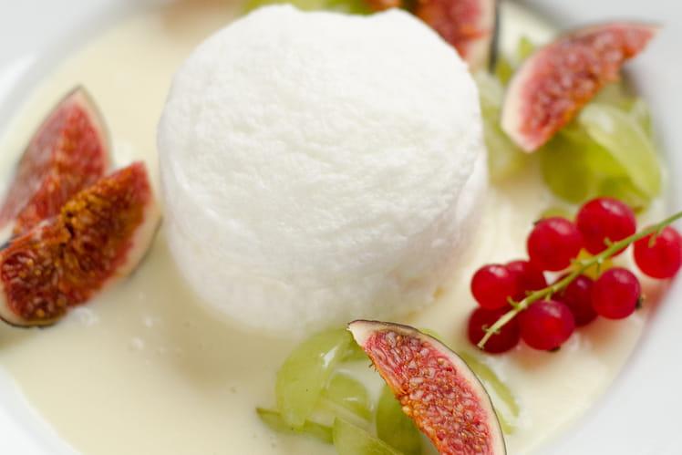 Blanc manger aux fruits d'automne
