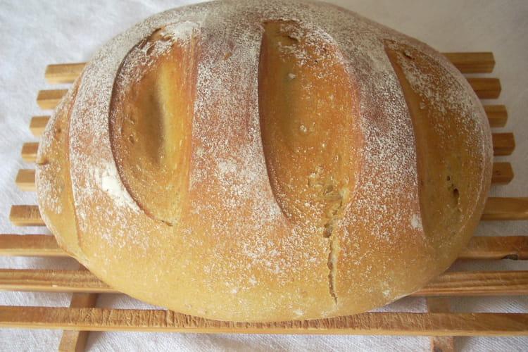 Pain de campagne en cocotte (à la machine à pain)