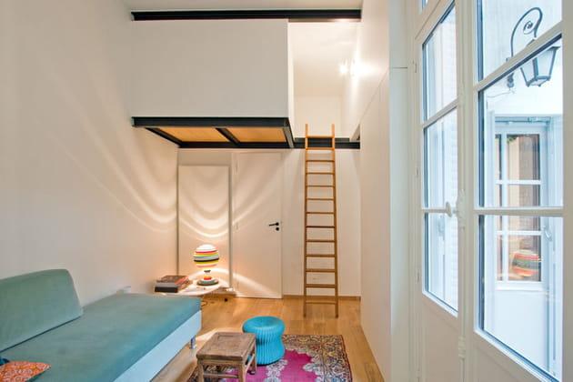 Un coin couchette pratique et intime