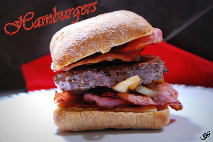 Hamburgers boeuf, oignon, bacon, emmental