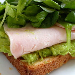 sandwich à l'avocat