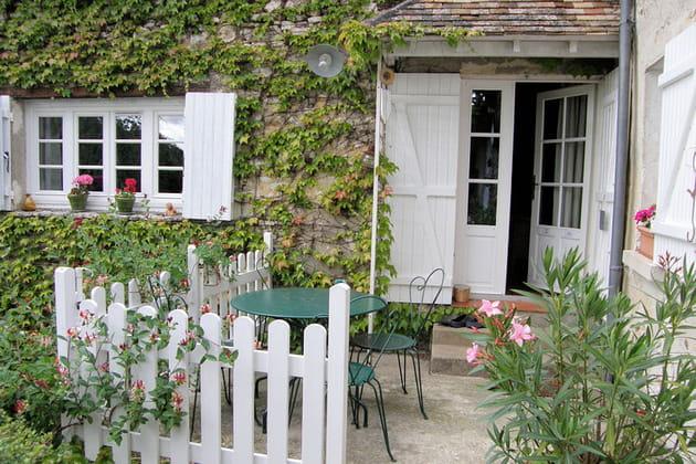 Une petite terrasse coquette for Terrasse jardin anglais