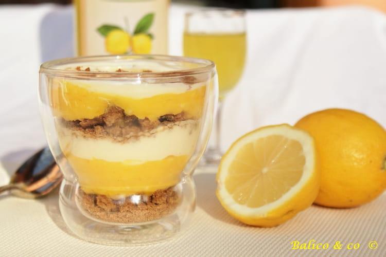 Verrine au lemon curd, mascarpone au miel et spéculoos