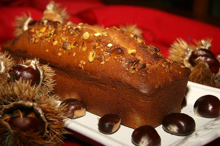 Cake à la châtaigne et éclats de pistaches