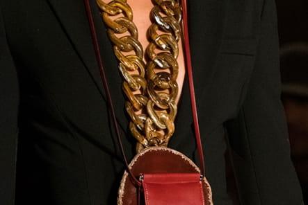 Givenchy (Close Up) - photo 22
