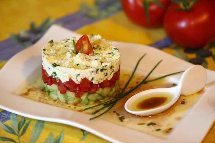 Recette de tartare de concombre tomate et feta la for Entree froide ete