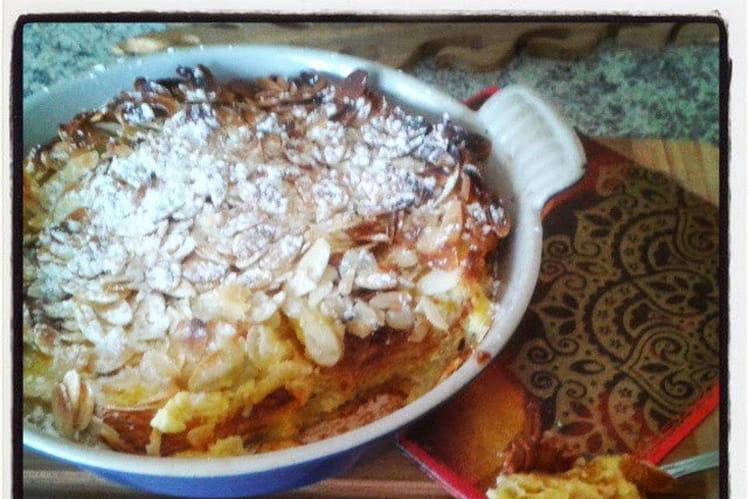 Pudding express de croissants à la pralinoise et aux amandes