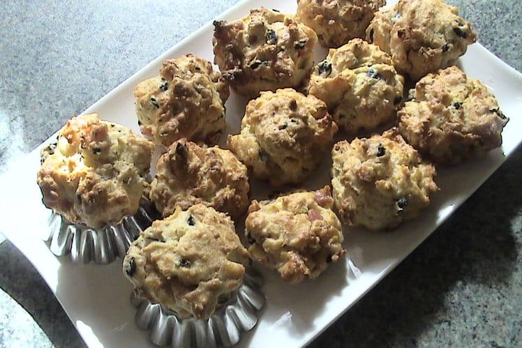 Muffins aux lardons et aux olives