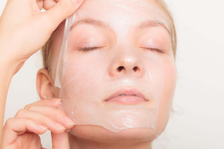 Le peeling visage, le soin pour faire peau neuve