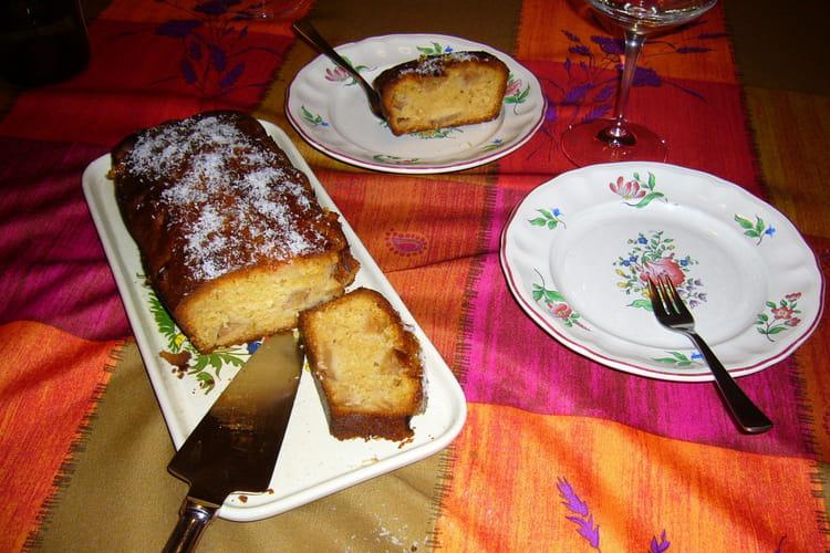 Gâteau aux pommes et noix de coco